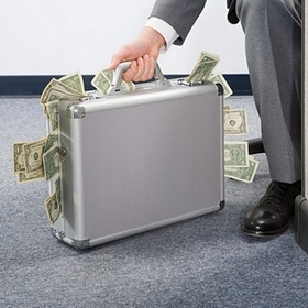 Являются ли денежными обязательства по уплате отчислений импортером объекта авторского права