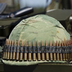 Из среднего заработка мобилизованного удерживается НДФЛ и военный сбор