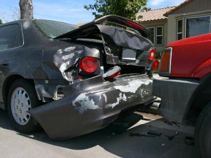 Водитель попал в ДТП во время выполнения задания работодателя: как будут расследовать несчастный случай