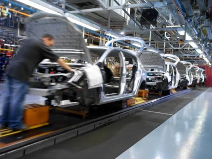 ФЛП приобретает запасные части, аккумуляторы и шины: что с налоговым кредитом по НДС