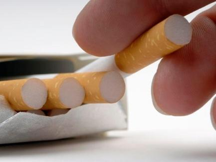 Предлагается законодательно ограничить содержание никотина и смол в сигаретах