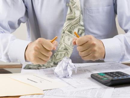 Имеет ли плательщик НДС право на бюджетное возмещение по оплаченным поставщикам авансам