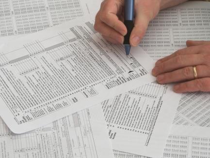 Неприбыльщик переходит на общую (упрощенную) систему налогообложения: как представлять отчетность