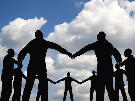 Можно ли по одной и той же должности установить разные оклады работникам