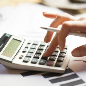 Посылки стоимостью свыше 22 евро облагать налогом пока не будут