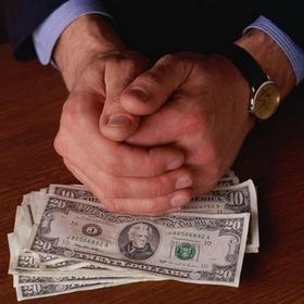 НАБУ ожидает отмены уплаты пенсионного сбора при покупке валюты