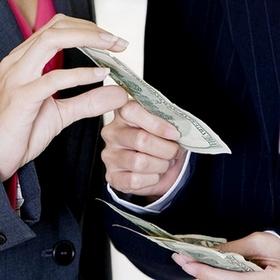 С 23 февраля смягчены валютные ограничения для участия нерезидентов в торгах