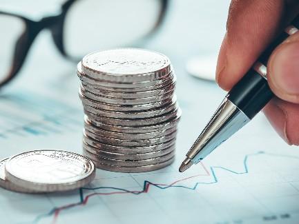 Украинцы купили вавгусте рекордный за3 года объем валюты